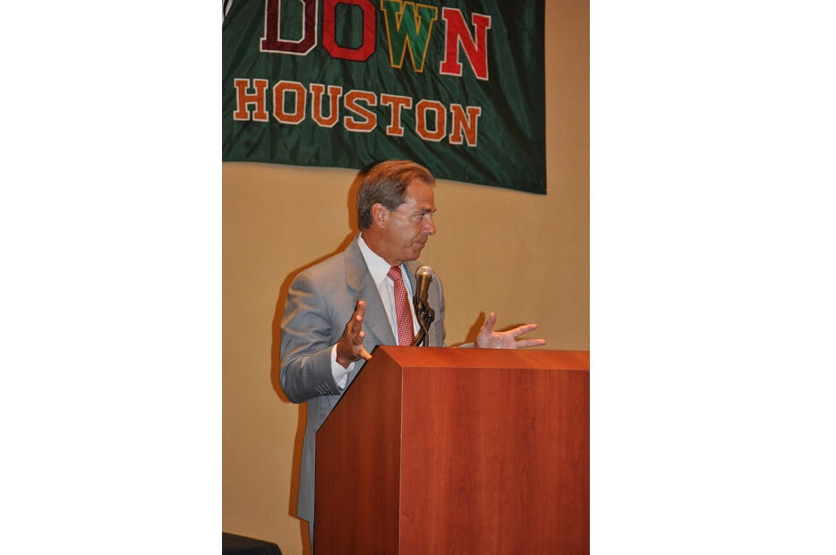 touchdownclub-Coach Nick Saban addresses the TD Club in 2011
