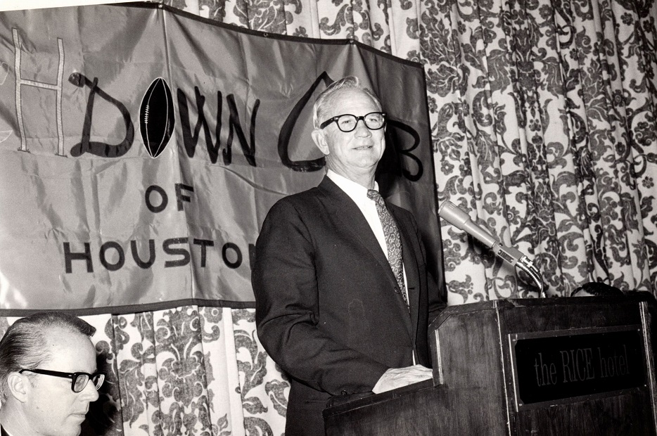 touchdownclub-Touchdowner of the Year Award in 1966